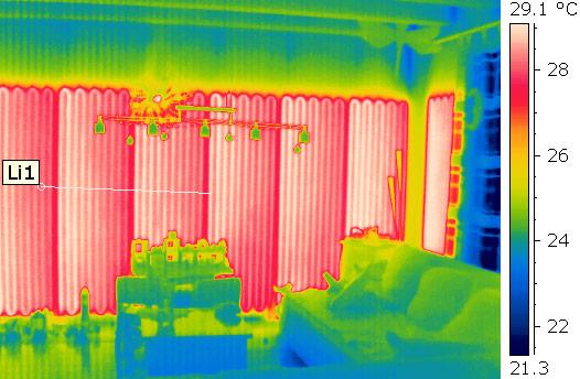 Thermografische Aufnahme einer Wandheizungen